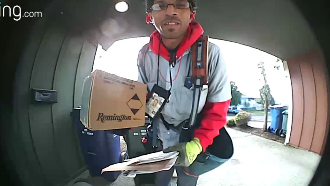 Watch this mailman's heartwarming interaction trying to combat package thieves